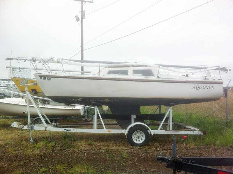 Sailboat Trailer For Sale >> Catalina 22 Fixed Keel Sailboat With Trailer For Sale