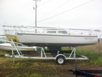Catalina 22' Fixed Keel Sailboat with Trailer for Sale